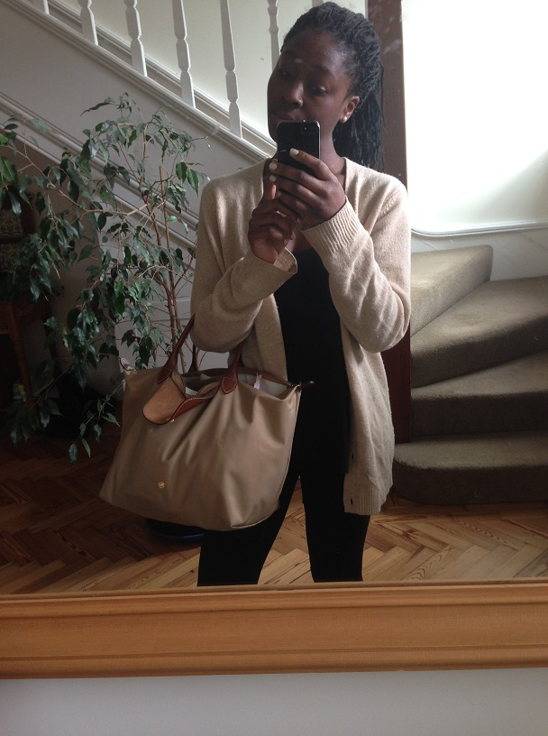 Vest: Topshop; Leggings: Uniqlo; Cardigan: Uniqlo; Bag: Longchamp